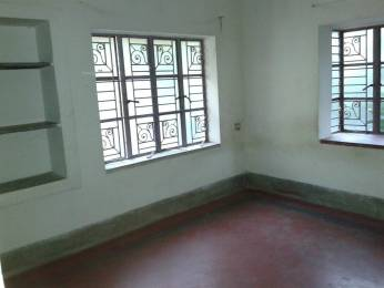 750 sqft, 2 bhk Apartment in Builder Project 3rd Number Street, Kolkata at Rs. 6500