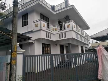 1800 sqft, 4 bhk IndependentHouse in Builder Project Chittoor Road, Kochi at Rs. 75.0000 Lacs