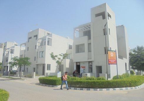 925 sqft, 2 bhk Apartment in Vatika Emilia Floors Sector 82, Gurgaon at Rs. 15000
