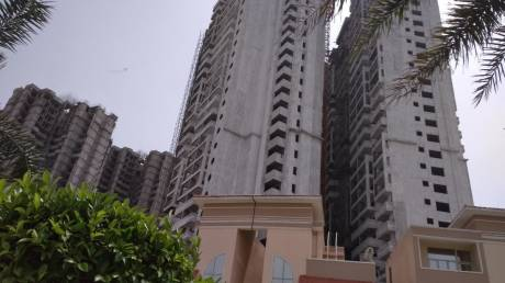 810 sqft, 2 bhk Apartment in Supertech Golf Village Sector 22D Yamuna Expressway, Noida at Rs. 18.0000 Lacs