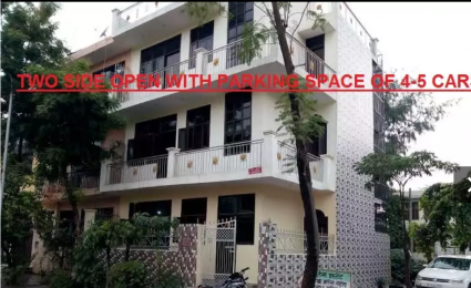 2000 sqft, 3 bhk BuilderFloor in Builder Project Alpha 2, Greater Noida at Rs. 10000