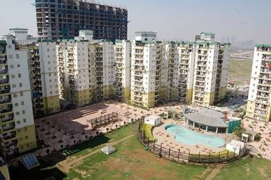 1775 sqft, 3 bhk Apartment in Builder Supertech Czar Omicron 1A Greater Noida, Greater Noida at Rs. 12500