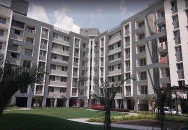 985 sqft, 2 bhk Apartment in Mirchandani Shalimar Swayam Sukliya, Indore at Rs. 25.0000 Lacs