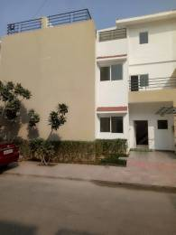 2220 sqft, 3 bhk Villa in Paramount Golfforeste Villas Zeta, Greater Noida at Rs. 86.2500 Lacs