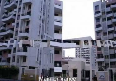 950 sqft, 2 bhk Apartment in Magarpatta City Iris Hadapsar, Pune at Rs. 80.0000 Lacs