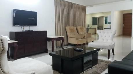 1500 sqft, 3 bhk Apartment in Magarpatta Cosmos Hadapsar, Pune at Rs. 39000
