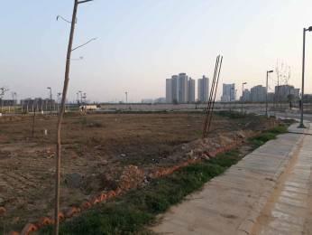 2250 sqft, Plot in BPTP Amstoria Sector 102, Gurgaon at Rs. 1.3000 Cr