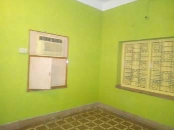 800 sqft, 2 bhk Apartment in Builder tarun Rabindra Sarovar, Kolkata at Rs. 14000