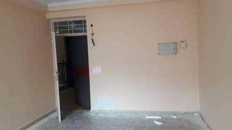 200 sqft, 1 bhk Apartment in Cosmos Golden Heights Crossing Republik, Ghaziabad at Rs. 5000
