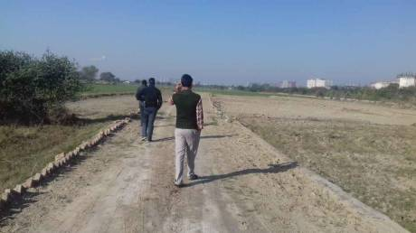 900 sqft, Plot in Builder shree nayak vihar Sector 135, Noida at Rs. 3.5000 Lacs