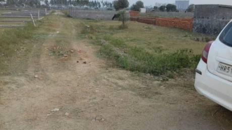 900 sqft, Plot in Builder shree nayak vihar Pari Chowk, Greater Noida at Rs. 5.5000 Lacs