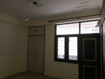 1200 sqft, 3 bhk BuilderFloor in Builder Project gyan khand 1, Ghaziabad at Rs. 16500