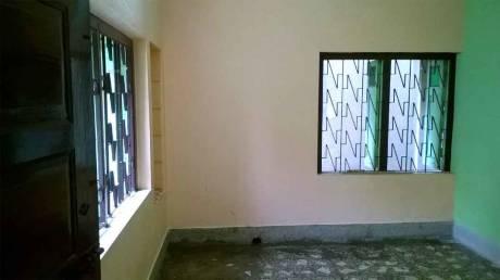 550 sqft, 2 bhk BuilderFloor in Builder Project Santoshpur, Kolkata at Rs. 9000