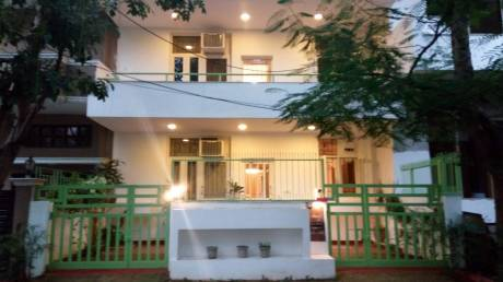 2800 sqft, 4 bhk BuilderFloor in Builder Project South City I, Gurgaon at Rs. 50000