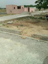 900 sqft, Plot in Srishti Gulawali Enclave Sector 162, Noida at Rs. 14.0000 Lacs