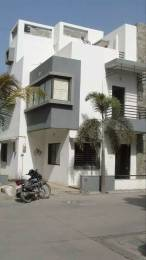 2500 sqft, 4 bhk BuilderFloor in Builder Project Raysan Road, Gandhinagar at Rs. 25000
