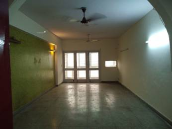 950 sqft, 2 bhk Apartment in Builder meena apartment i p extension patparganj, Delhi at Rs. 18000