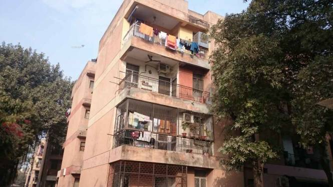 827 sqft, 2 bhk BuilderFloor in Eros Southend Apartments Sector 39, Faridabad at Rs. 13000