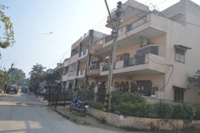 1625 sqft, 2 bhk BuilderFloor in Builder Project Sector 10A, Gurgaon at Rs. 17000