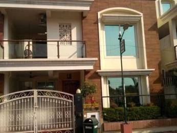 3600 sqft, 6 bhk IndependentHouse in Builder Project Shankar Nagar, Raipur at Rs. 32000