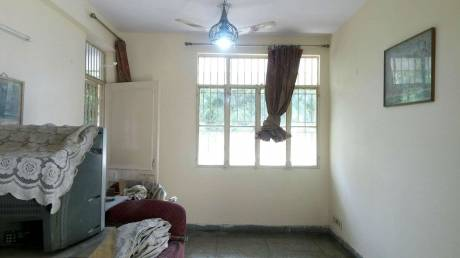 1050 sqft, 2 bhk Apartment in Builder Project Patparganj, Delhi at Rs. 19000