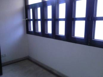 1600 sqft, 3 bhk Apartment in Builder Project Patparganj, Delhi at Rs. 35000