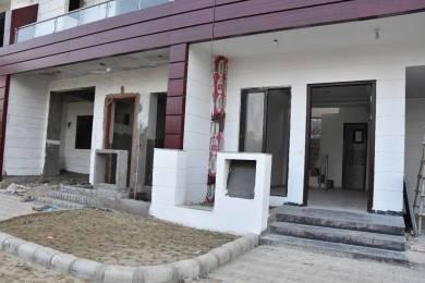 977 sqft, 2 bhk BuilderFloor in Renowned Lotus Sristhi Crossing Republik, Ghaziabad at Rs. 35.2500 Lacs