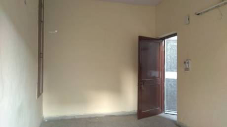 700 sqft, 1 bhk Apartment in Builder Una Apartments i p extension patparganj, Delhi at Rs. 14000