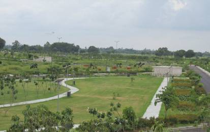 300 sqft, Plot in DLF Garden City NH24B, Lucknow at Rs. 18.0000 Lacs