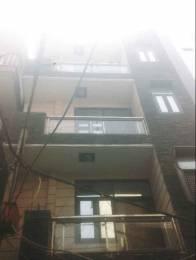 700 sqft, 2 bhk BuilderFloor in Builder Project Om Vihar, Delhi at Rs. 8000