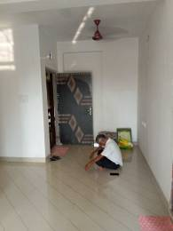 900 sqft, 2 bhk Apartment in Builder M T Complex Keshtopur, Kolkata at Rs. 9000