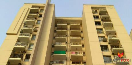 825 sqft, 1 bhk Apartment in Unitech The Residences Sector 33, Gurgaon at Rs. 72.0000 Lacs