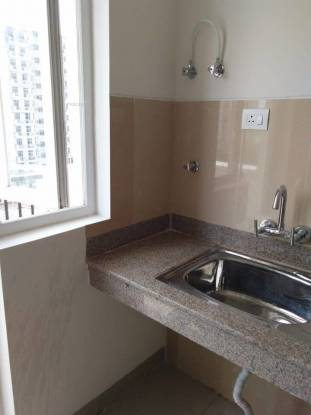 1020 sqft, 2 bhk Apartment in Emaar Emerald Estate Sector 65, Gurgaon at Rs. 95.0000 Lacs