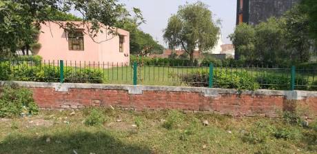 450 sqft, Plot in Deep Apartment DLF Ankur Vihar, Ghaziabad at Rs. 10.0000 Lacs
