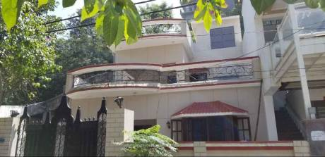 2700 sqft, 4 bhk IndependentHouse in Builder officers colony Rajpur Road, Dehradun at Rs. 27000