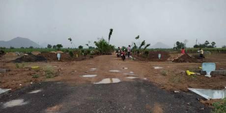 1629 sqft, Plot in Builder yoshitha housing and infra mothadaka main Center rod, Guntur at Rs. 21.7200 Lacs