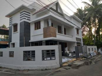 3000 sqft, 4 bhk IndependentHouse in Builder Project Edappally, Kochi at Rs. 2.3000 Cr