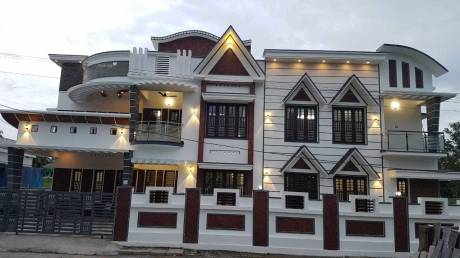 4000 sqft, 5 bhk IndependentHouse in Builder Project Elamakkara, Kochi at Rs. 2.8000 Cr