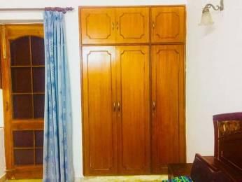 1100 sqft, 2 bhk Apartment in Builder Project Mayur Vihar I, Delhi at Rs. 25000