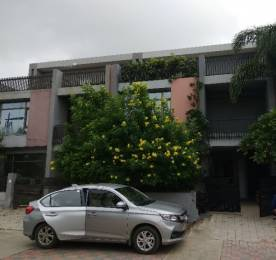 3000 sqft, 5 bhk IndependentHouse in Shri Gautam Real Estate pvt ltd Apollo DB City Vijay Nagar, Indore at Rs. 30000