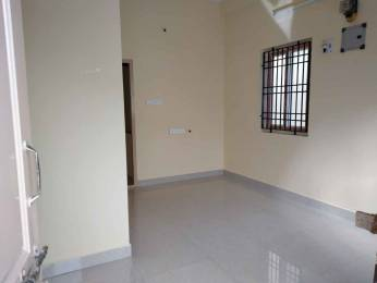 300 sqft, 1 bhk Apartment in Builder Project Anna Nagar West Extension, Chennai at Rs. 6500