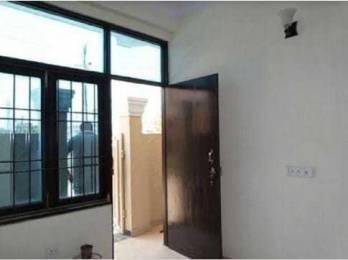 900 sqft, 3 bhk Apartment in Deep Apartment DLF Ankur Vihar, Ghaziabad at Rs. 30.0000 Lacs