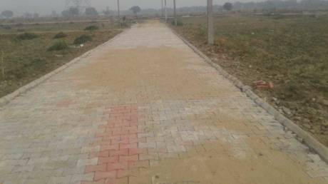450 sqft, Plot in Builder Project V I P Road, Mathura at Rs. 2.0000 Lacs