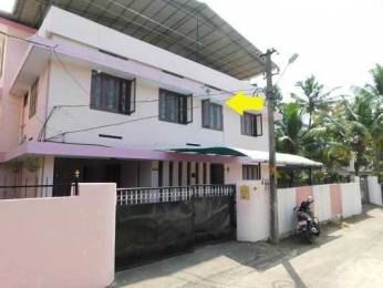 2500 sqft, 4 bhk IndependentHouse in Builder Project Palkulangara, Trivandrum at Rs. 17000