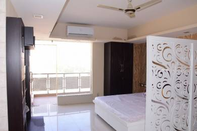 300 sqft, 1 bhk Apartment in Builder Project DLF Phase 3, Gurgaon at Rs. 6500
