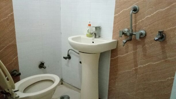 1100 sqft, 2 bhk BuilderFloor in Property NCR Indirapuram Builder Floors Indirapuram, Ghaziabad at Rs. 12000