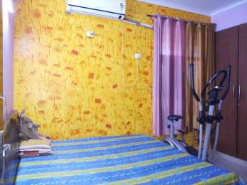 1950 sqft, 3 bhk Apartment in Mahagun Mansion Phase 1 and 2 Vaibhav Khand, Ghaziabad at Rs. 22000
