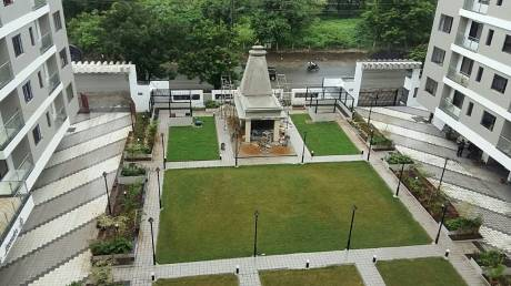 1750 sqft, 4 bhk Apartment in Builder Project Pande Layout, Nagpur at Rs. 35000