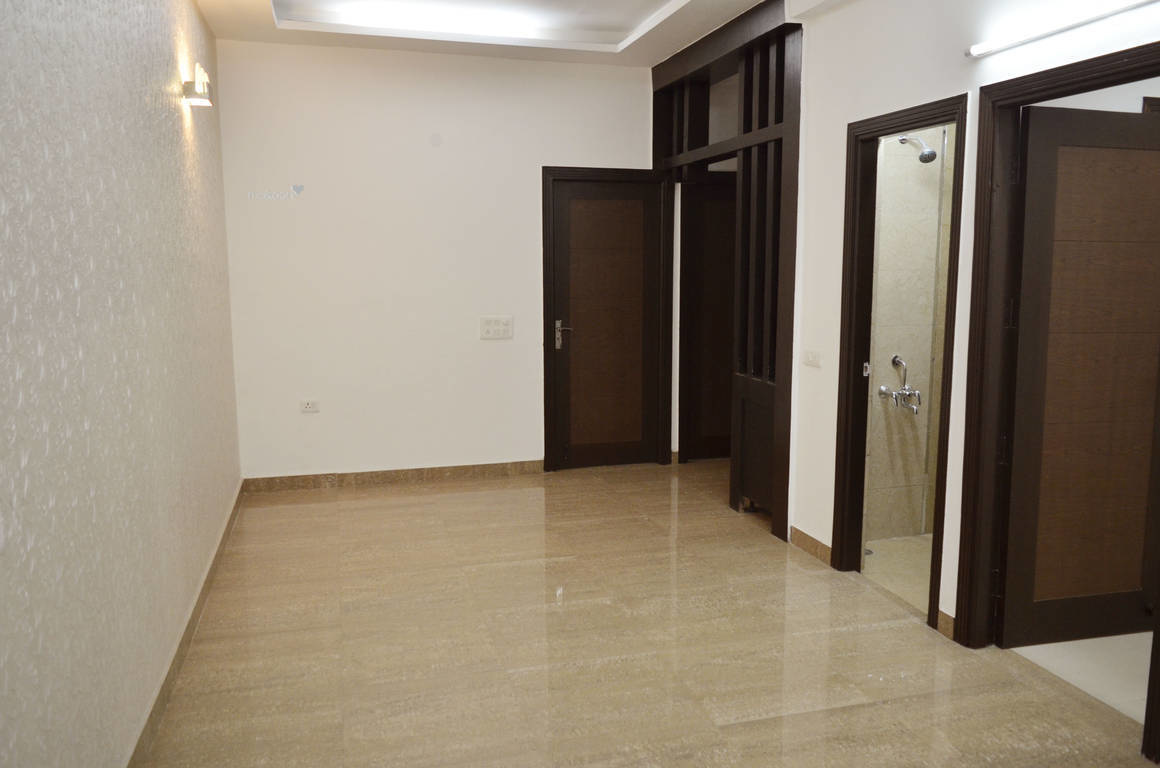 1205 sq ft 3BHK 3BHK+2T (1,205 sq ft) Property By INVESTORS HOUSE PROPMART In Project, Niti Khand 1