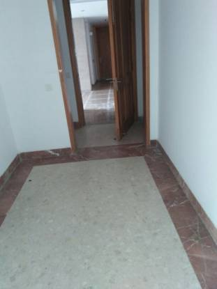 2000 sqft, 2 bhk Apartment in Jaypee Crescent Court Swarn Nagri, Greater Noida at Rs. 32000